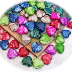 Kunststoffperlen Herzen