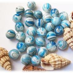 Bild396 Glasperlen 12 blau 1
