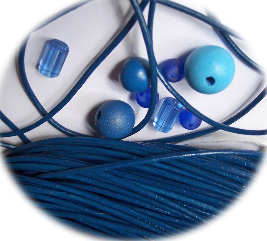 Lederband blau 2 mm