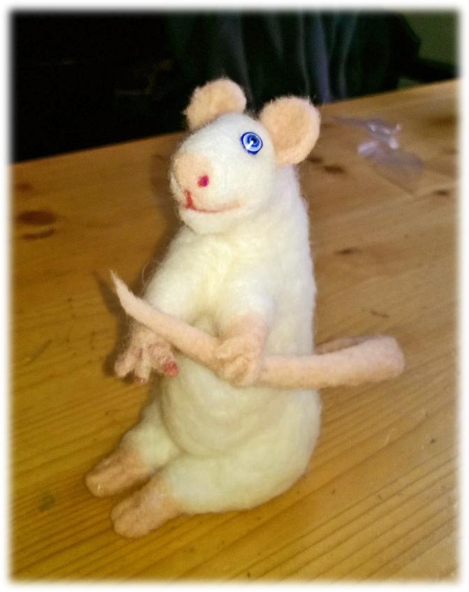 Filziges und fusseliges Mäuschen