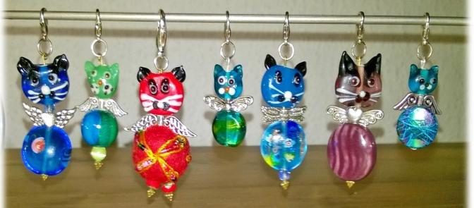 Schlüsselanhänger aus Katzenperlen
